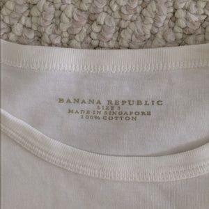 Banana Republic Tops - Banana Republic t-shirt